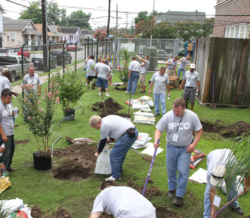IFCO Volunteers Continue Commitment to Rebuilding New Orleans